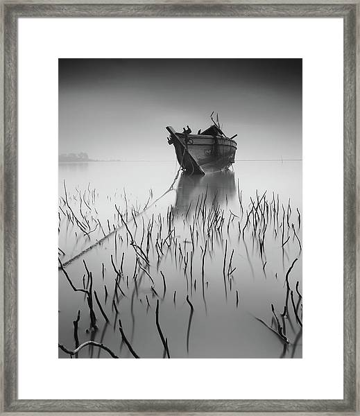 Stranded Again Framed Print by Razali Ahmad