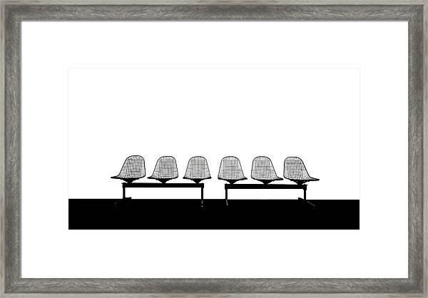 Stuhlreihe Framed Print