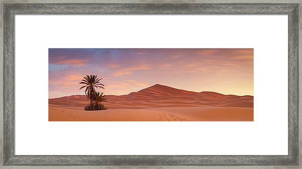 Sunrise Over The Majestic Erg Chebbi Framed Print by Douglas Pearson