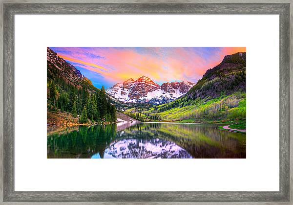 Sunset At Maroon Bells And Maroon Lake Aspen Co Framed Print