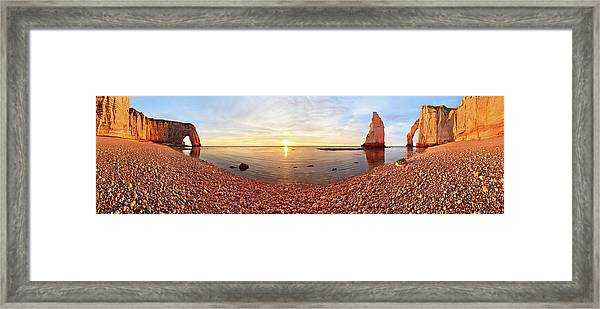 Sunset In A?tretat Framed Print