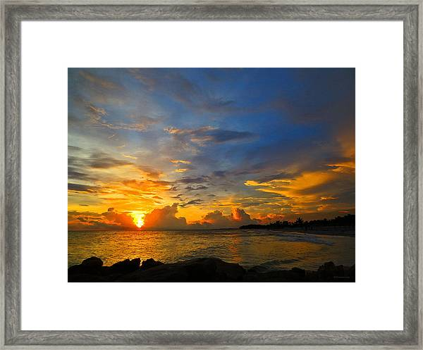 Sunset In Paradise - Beach Photography By Sharon Cummings Framed Print
