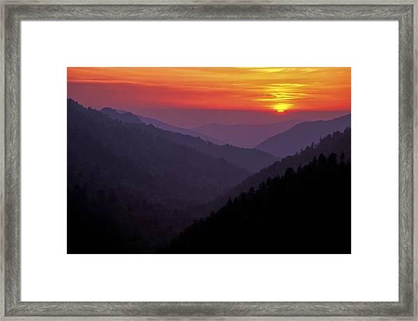 Sunset Morton Overlook Framed Print