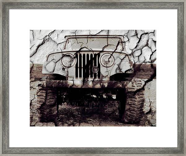 Super Swamper Commando Framed Print