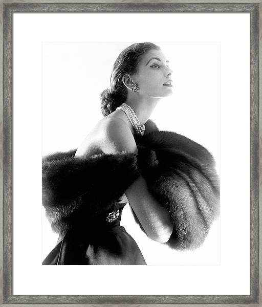 Suzy Parker Framed Print by Horst P. Horst