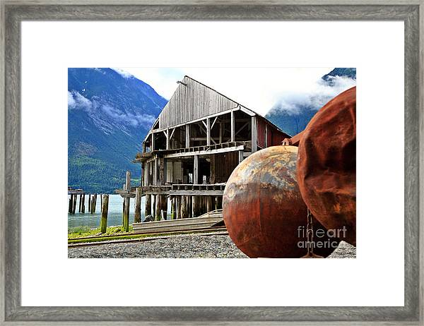 Tallheo Time Warp Framed Print