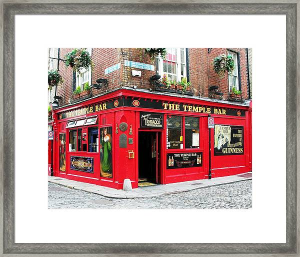 Framed Print featuring the photograph Temple Bar by Mel Steinhauer
