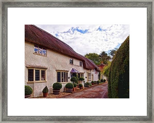 Thatched Cottage -2 Framed Print