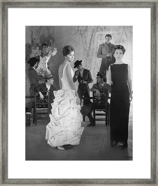 The Audience And Cast From The Eslava Theatre Framed Print
