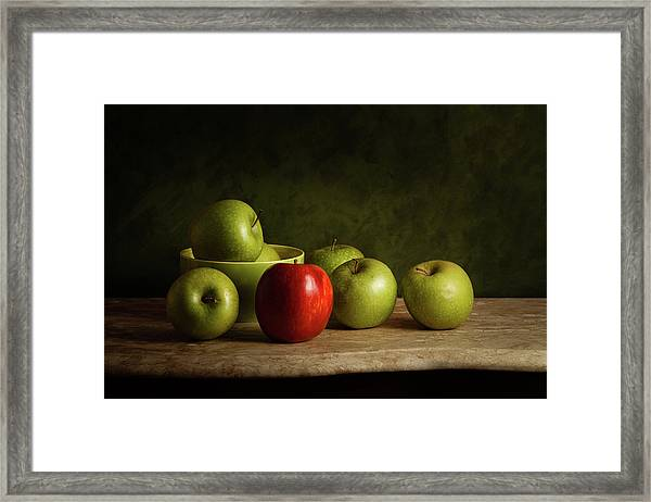 The Red Framed Print by Luiz Laercio