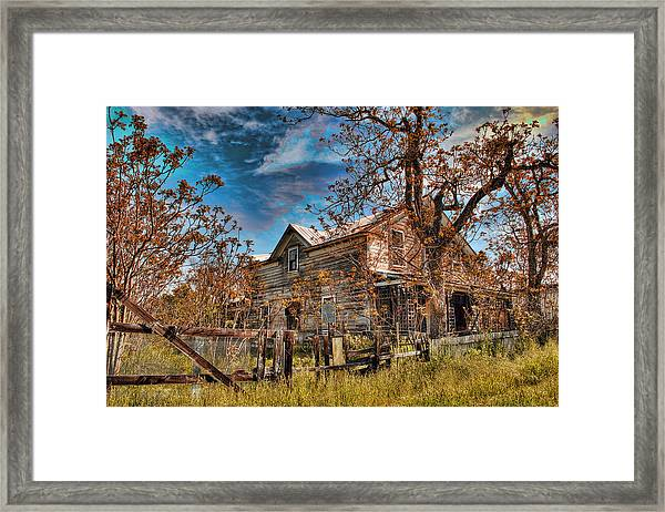 Framed Print featuring the photograph Twainhart House by William Havle
