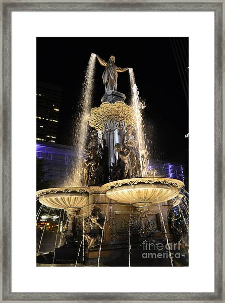 Fx9u-1250 Tyler Davidson Fountain Photo Framed Print