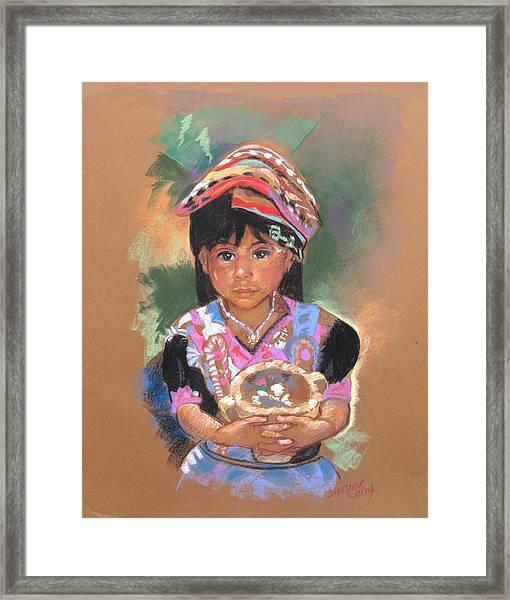 Una  Nuevo Poco Vendedor Guatemalan Framed Print