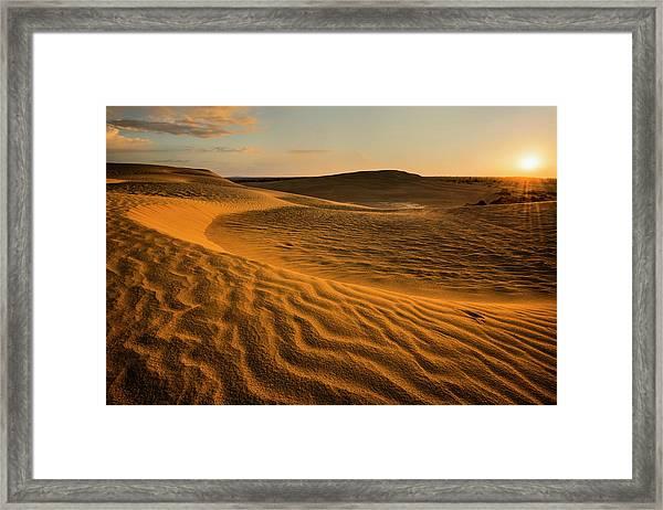 Usa, Oregon, Lake County, Sunrise Over Framed Print by Gary Weathers