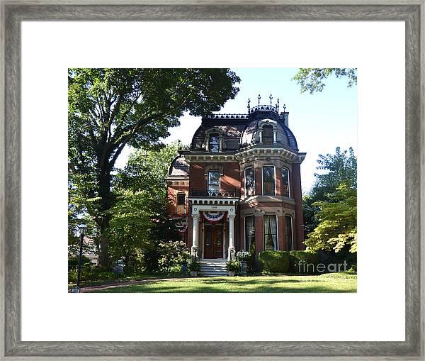 Victorian Beauty Framed Print