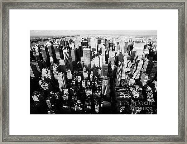 View North And Down Towards Central Park From Empire State Building Framed Print