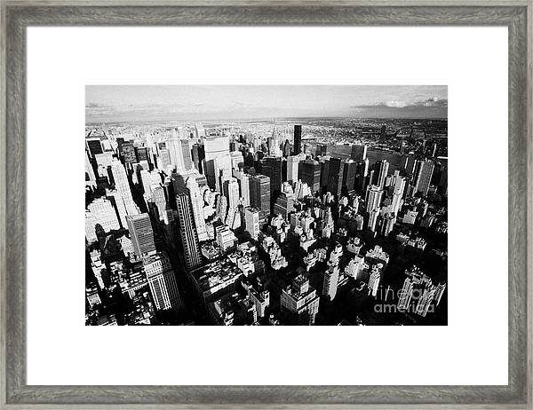 View North East Of Manhattan Queens East River From Observation Deck Empire State Building Framed Print