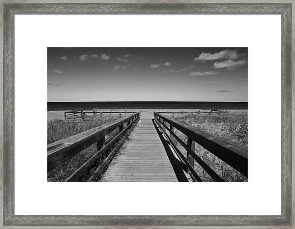 Walking Grand Marais  Mono Framed Print