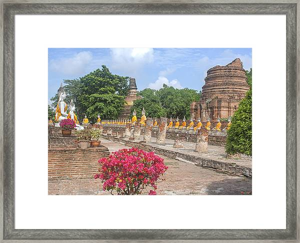 Wat Phra Chao Phya-thai Buddha Images And Ruined Chedi Dtha004 Framed Print