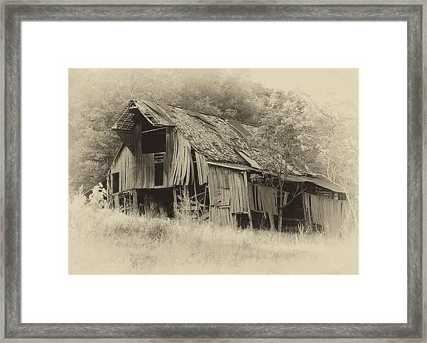 Weathered Barn  Framed Print