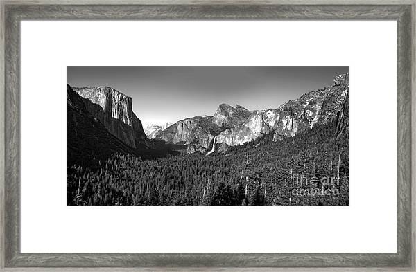 Yosemite Inspiration Point Framed Print