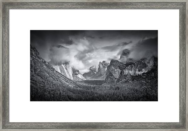 Yosemite Valley Framed Print by Mike Leske