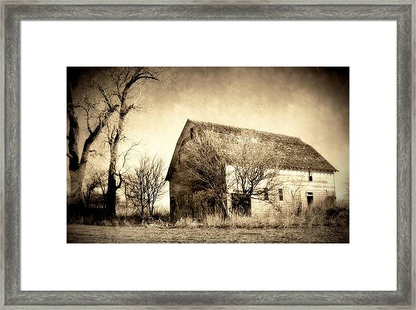 Block Barn Framed Print