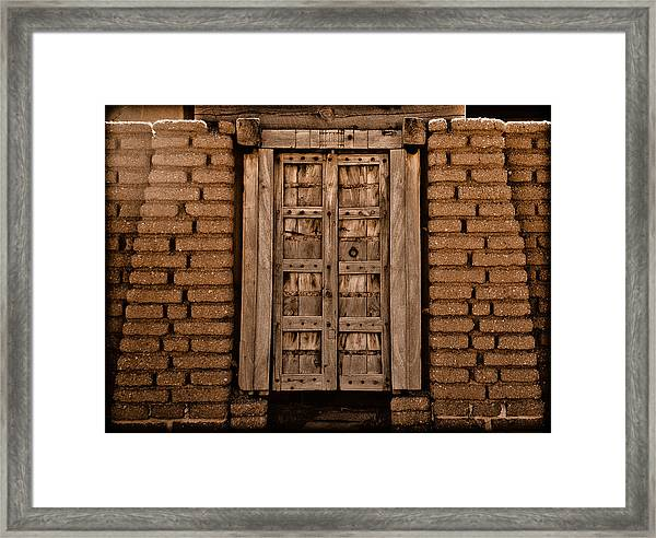 Albuquerque, New Mexico - Colonial Gate Framed Print