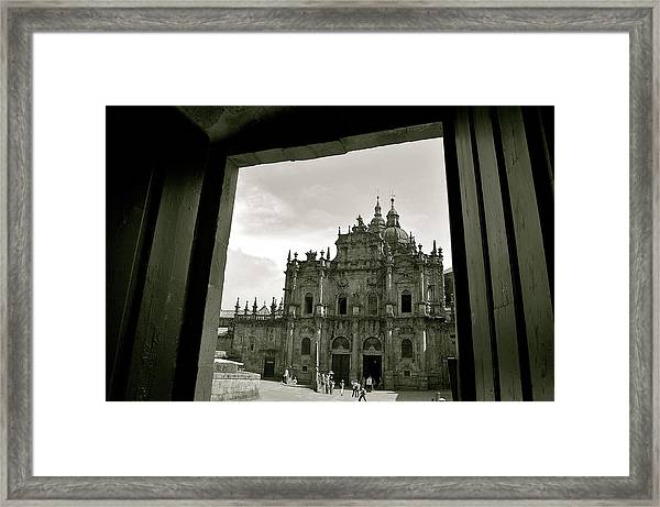 Framed Print featuring the photograph Destination by HweeYen Ong