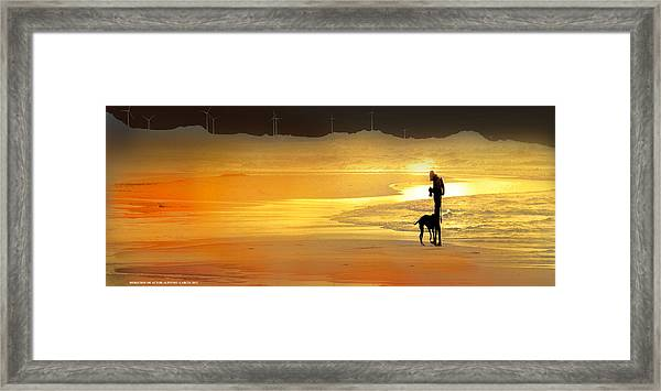 El Fotografo Framed Print