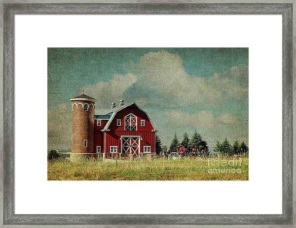 Greenbluff Barn Framed Print