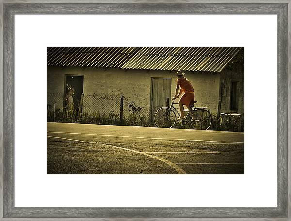 Hello Framed Print by Milan Kalkan