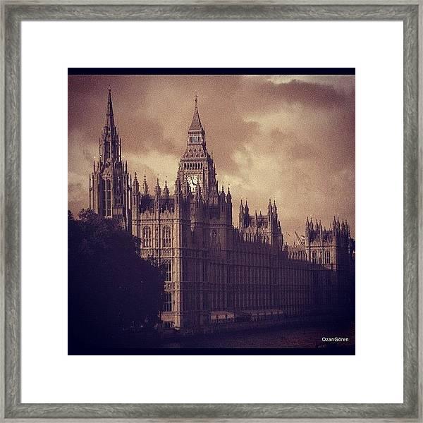 #london 05.10.1605 Framed Print