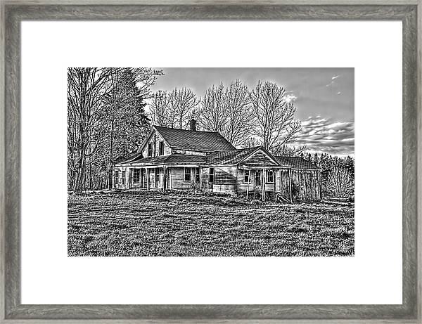 Old Abandoned Farmhouse Framed Print