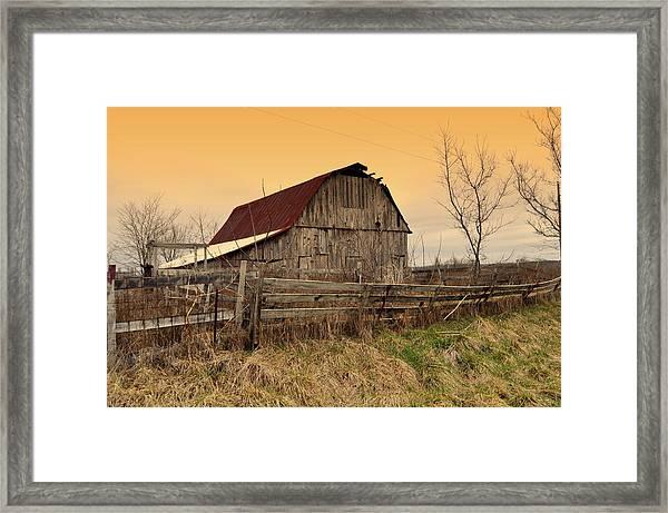 Ozark Barn 1 Framed Print