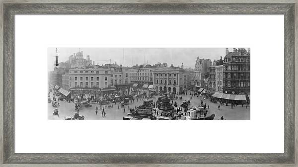 Piccadilly Circus - London - C 1909 Framed Print