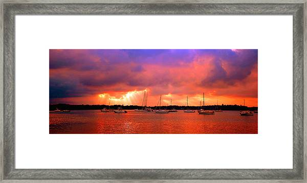 Red Sky At Night - Sailors Delight Framed Print