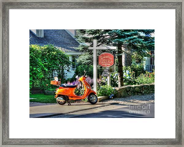 Roberto's Restaurant Framed Print