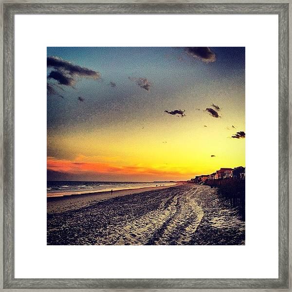#sunset #gardencity 🌞🏄 Framed Print