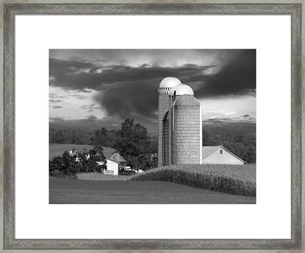 Framed Print featuring the photograph Sunset On The Farm Bw by David Dehner