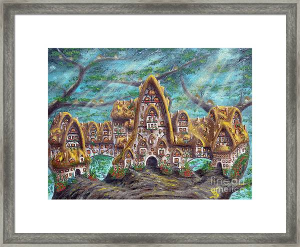 The Big Straddle House From Arboregal Framed Print
