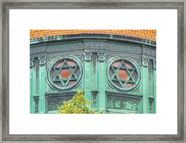 Two Stars Framed Print