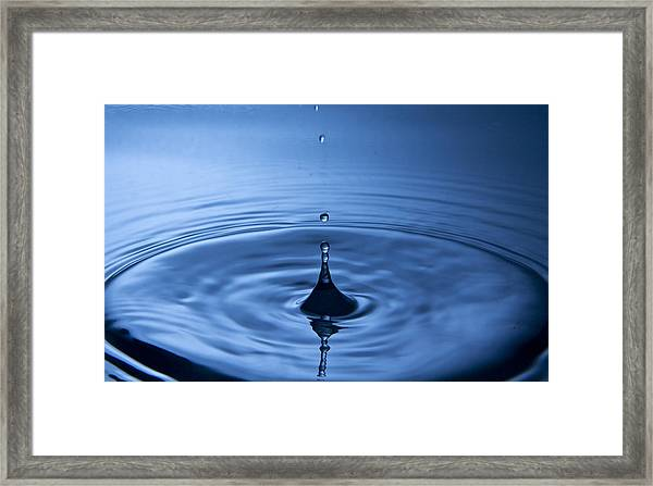 Water Dropp 2 Framed Print by Christoffer Rathjen