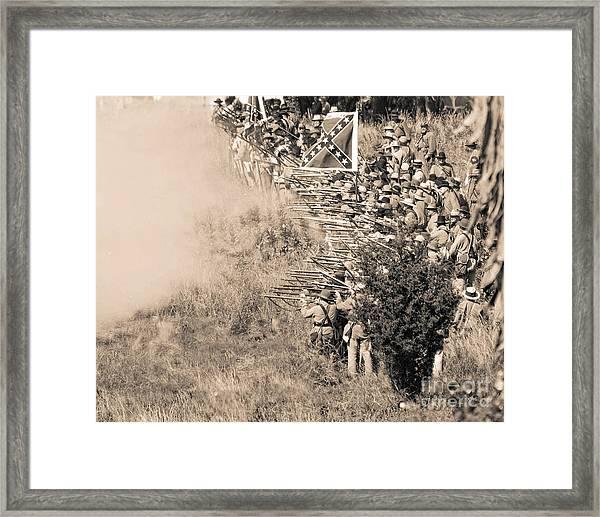 Gettysburg Confederate Infantry 8769s Framed Print