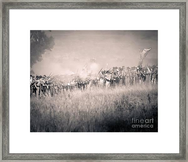 Gettysburg Confederate Infantry 9112s Framed Print
