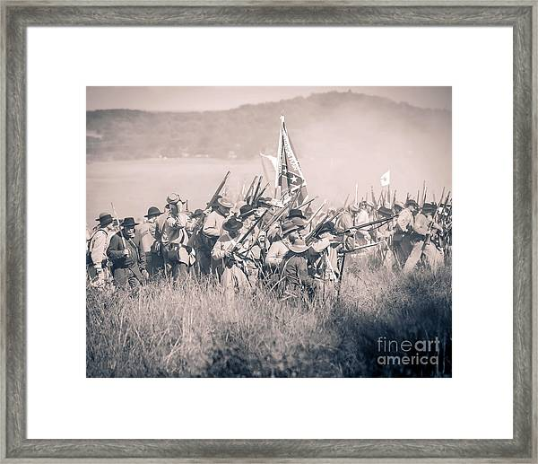 Gettysburg Confederate Infantry 9214s Framed Print