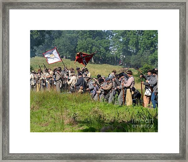 Gettysburg Confederate Infantry 9281c Framed Print