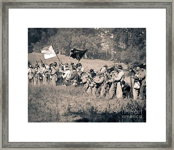 Gettysburg Confederate Infantry 9281s Framed Print