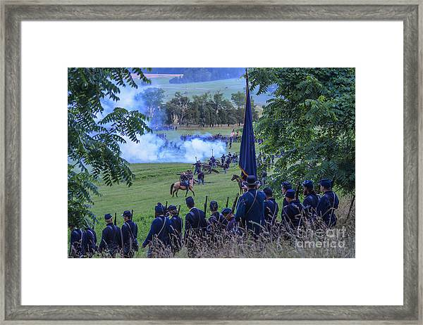 Gettysburg Union Artillery And Infantry 7457c Framed Print