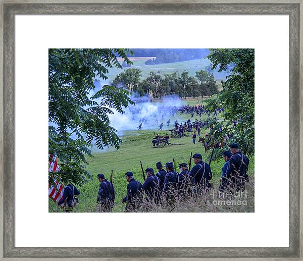 Gettysburg Union Artillery And Infantry 7465c Framed Print